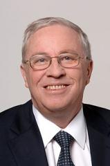 220px-Christoph_Blocher_(Bundesrat,_2004).jpg